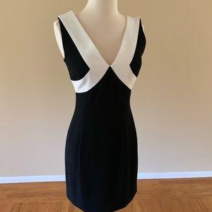 bebe beautiful mini v-neck black& white dress